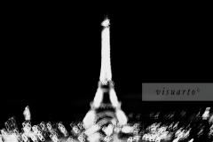 Tour Eiffel (Blurry)
